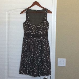 Gorgeous dress! Comfy and lightweight for summer